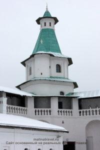 Одна из башен монастыря. Новый Иерусалим