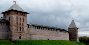 Стены Новгородского кремля