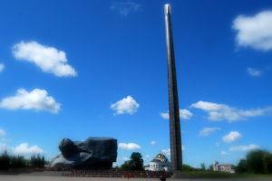 Монумент и штык. Брестская крепость
