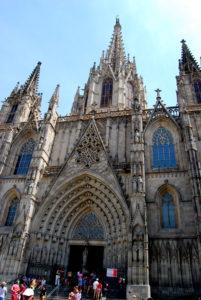 Собор Святого Креста.. Барселона